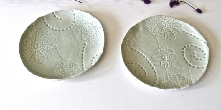Floral Textured Dessert Plates