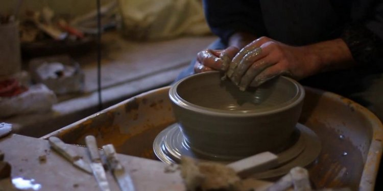 """Riddings Pottery: """"Throwing"""" a"""