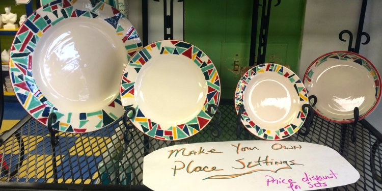 Pottery plates ideas