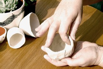 how to make a clay pinch pot at home